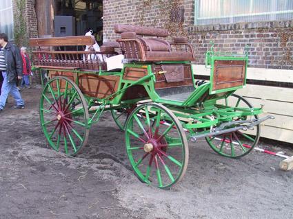 Landwirtschaftlichemaschinen geräte pferde und kutschen